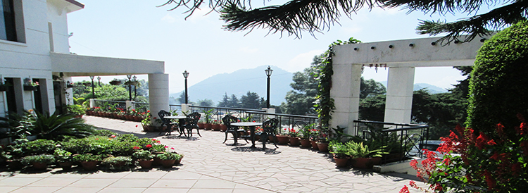 places to stay near nainital